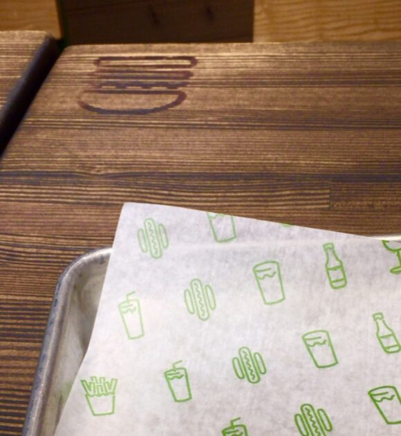 シェイクシャックのテーブル