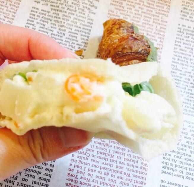 小岩ラ・タヴォラ・ディ・オーヴェルニュのサンドイッチ