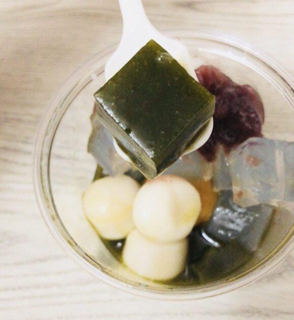 伊藤久右衛門のお試しセットに入っている宇治抹茶あんみつを実食