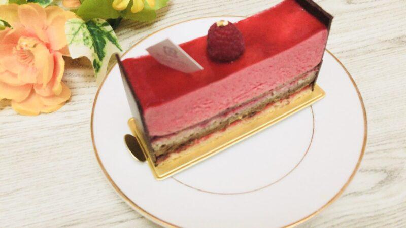 アンリ・シャルパンティエで購入したケーキ