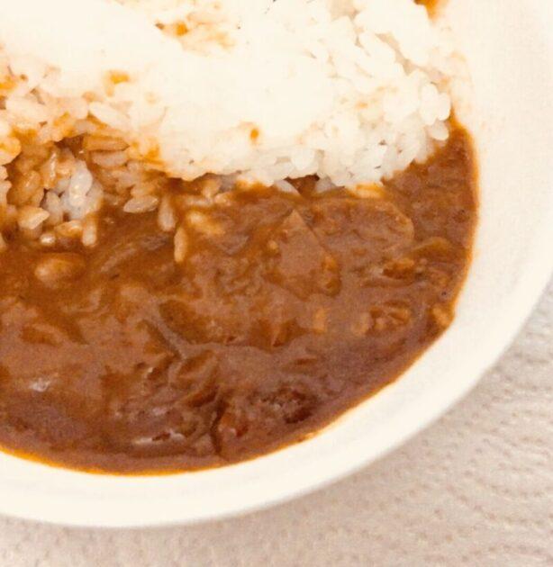 新宿中村屋 ビーフハヤシ たっぷり牛肉と濃厚デミグラスと白米