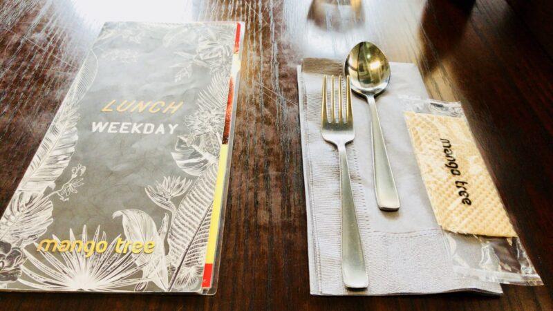 マンゴツリーカフェのテーブル