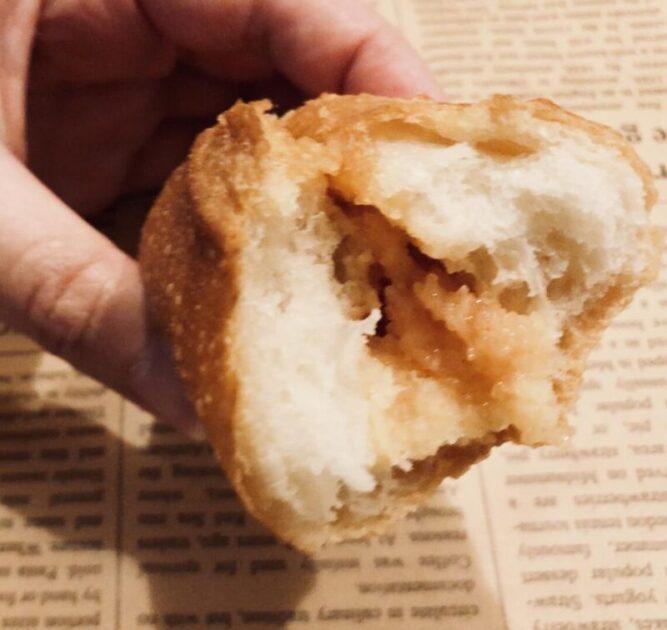 銀座三越のパン屋「ジョアン」で購入した明太フランス