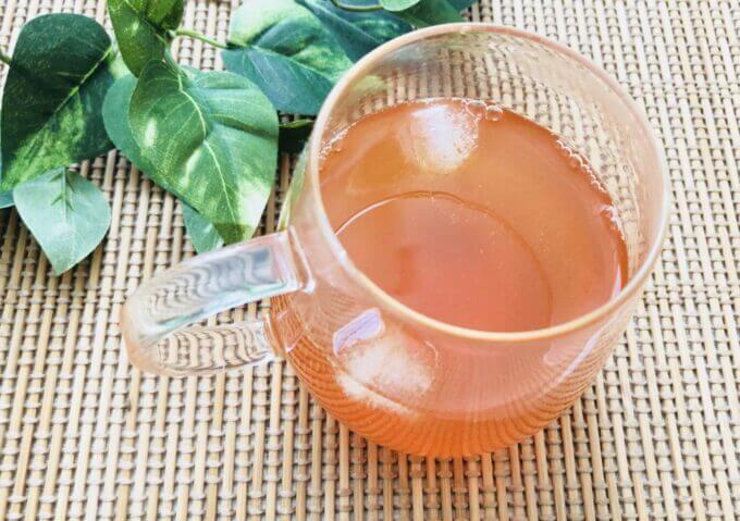 武州養蜂園のはちみつ飲料レモン味を紅茶で割る