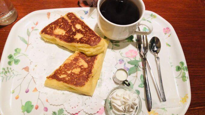 新宿CAFE AALIYA (カフェ アリヤ)のとろふわフレンチトースト